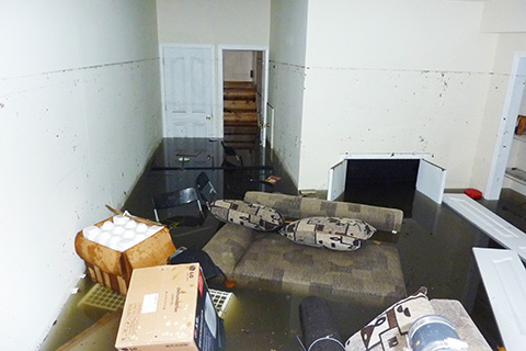 Restoration1-depositphotos_25543379-Completely-flooded-basement